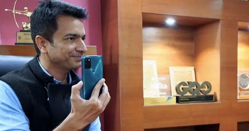 Rahul Sharma with Micromax IN